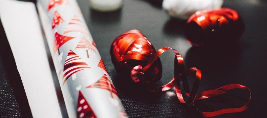 Geschenkgutscheine verpacken